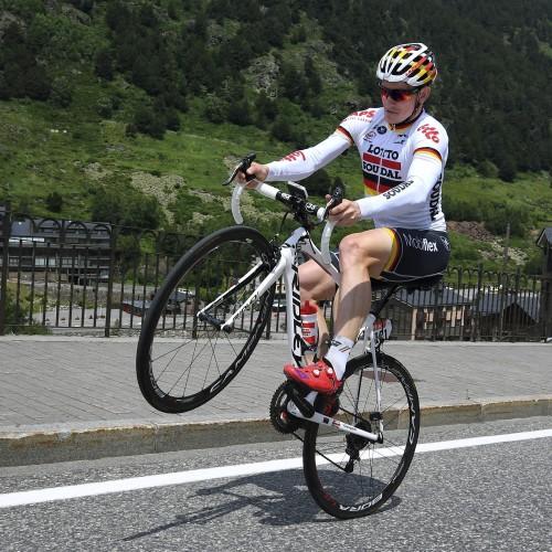 """ROT  //     Spass beim Training am Ruhetag mit Andre GREIPEL (Deutschland / Team Lotto Soudal) - 1. Ruhetag in Andorra - Tour de France 2016 - TourDeFrance - """"Tour de France"""" - TdF  - © Roth-Foto - Roth & Roth - Markus und Michael Roth - Rosenhof 15, 50226 Frechen  - www.Roth-Foto.de - Weitere Fotos in der Bilddatenbank www.Roth-Foto.de NUR DEUTSCHLAND - *** Local Caption ***  - copyright by: ROTH-FOTO - Roth & Roth, Rosenhof 15, 50226 Frechen,  Abdruck + jede Verwendung honorarpflichtig. Honorar ist MwSt-pflichtig: + 7% MwSt. Veroeffentlichung ausschliesslich fuer journalistisch-publizistische Zwecke. Verwendung bedingt das Einverstaendniss unserer AGBs unter: www.Roth-Foto.de"""